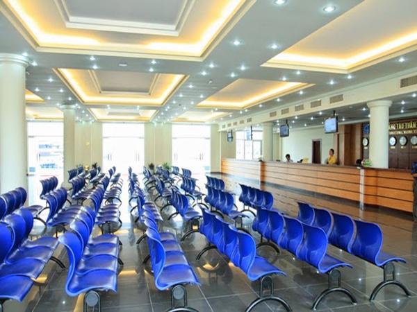 Ghế phòng chờ Hòa Phát được sử dụng nhiều ở nơi công cộng