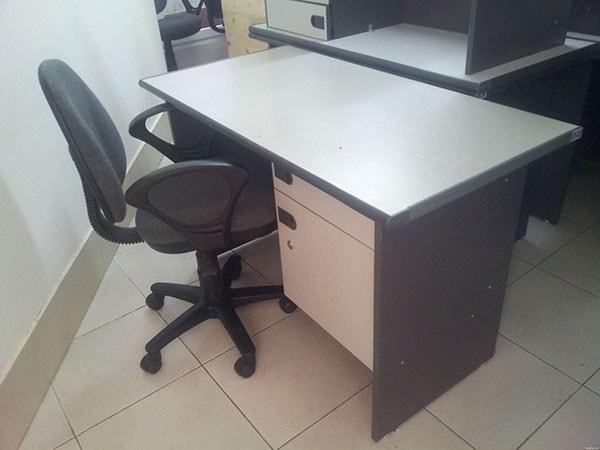 Cách mua bàn ghế văn phòng thanh lý chất lượng tốt