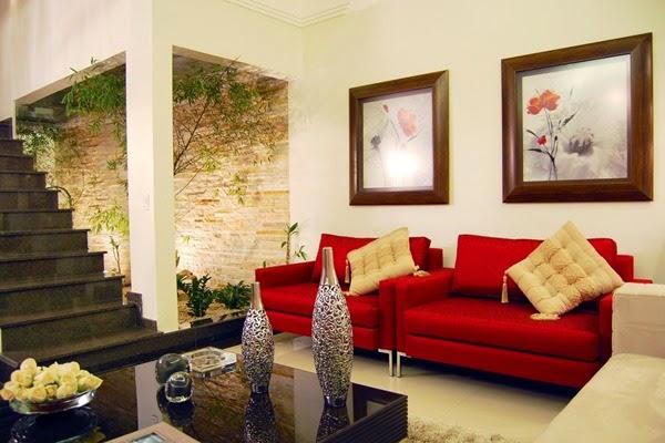 Người mệnh Hỏa phù hợp nội thất chất liệu gỗ, tre, mây, đá