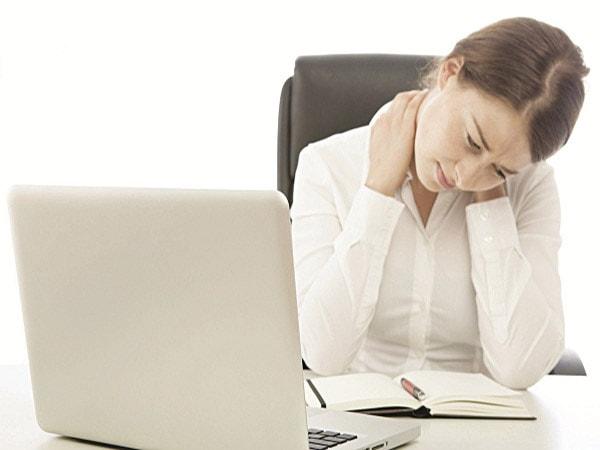 tác hại của bệnh đau vái gáy 1