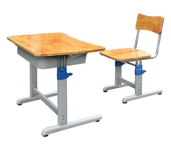 Lưu ý khi lựa chọn bàn học sinh cho bé