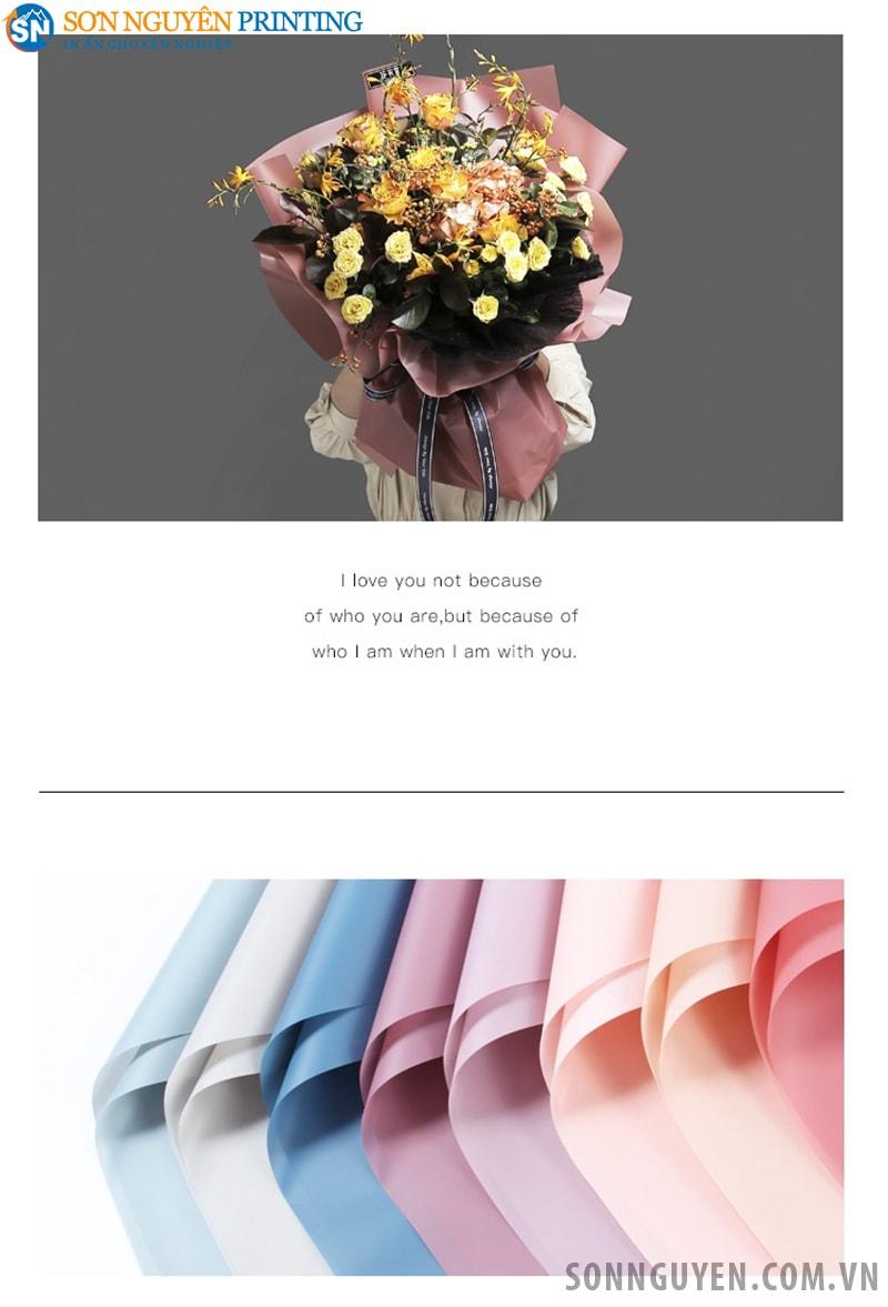 Giấy nhiều màu sắc để gói hoa